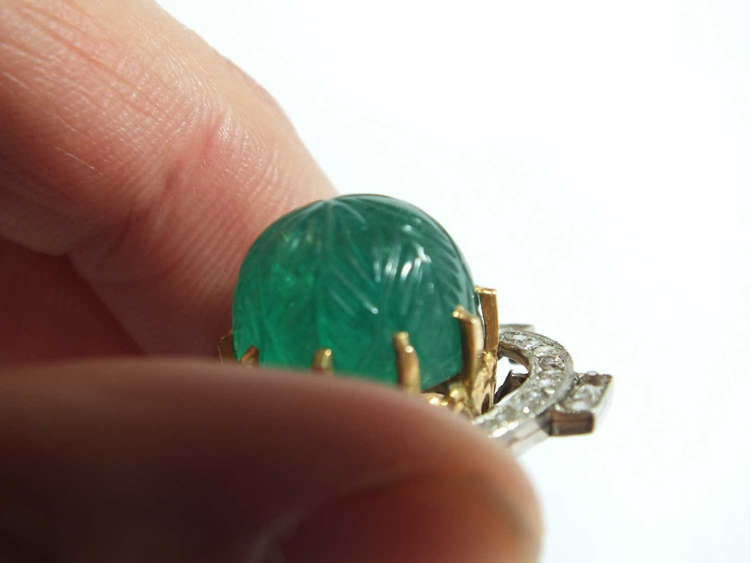 An Art Deco emerald and diamond pendant on chain - Image 5 of 14