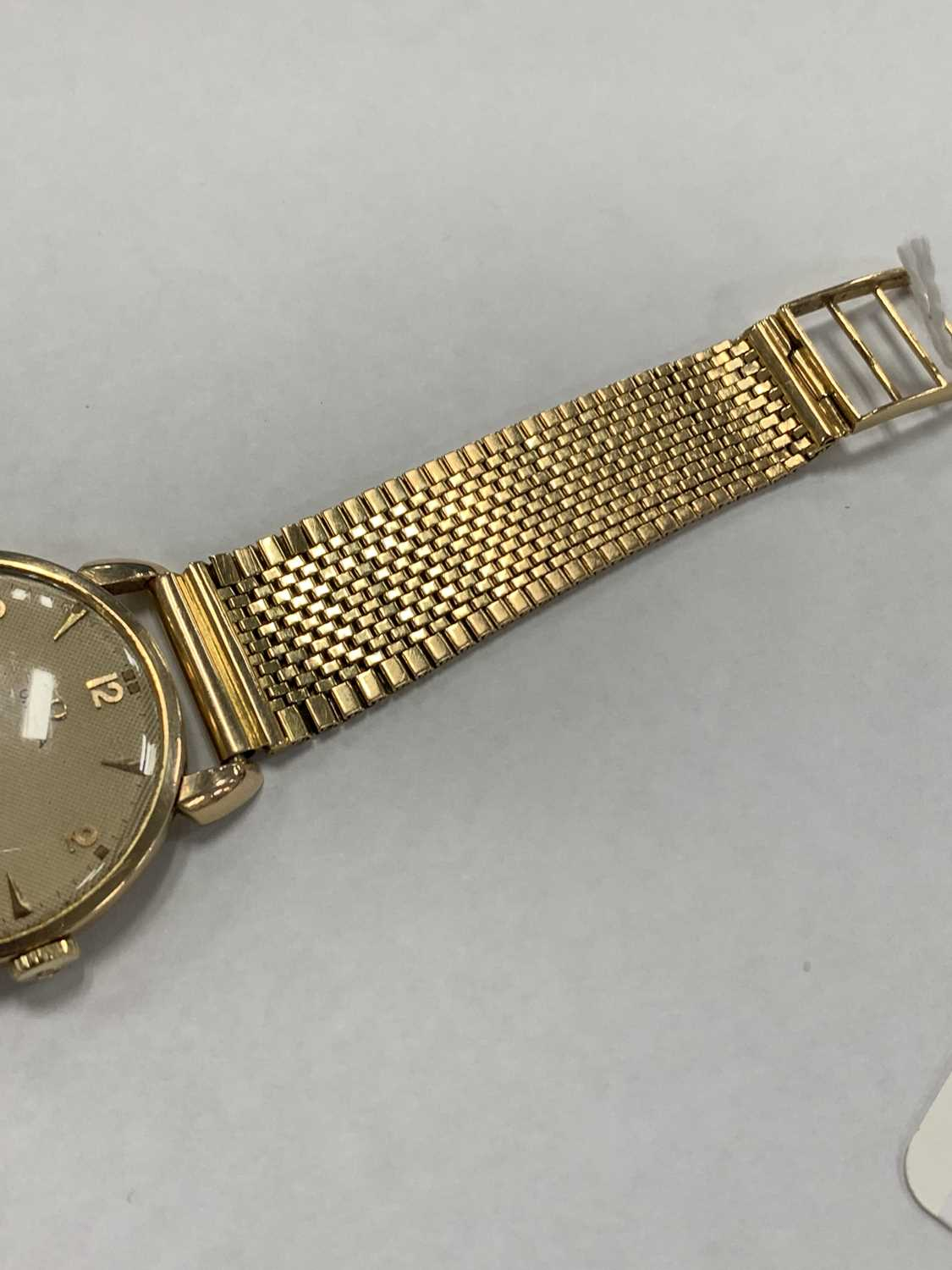 A Gentleman's gold plated Omega wristwatch with yellow metal bracelet - Image 2 of 9