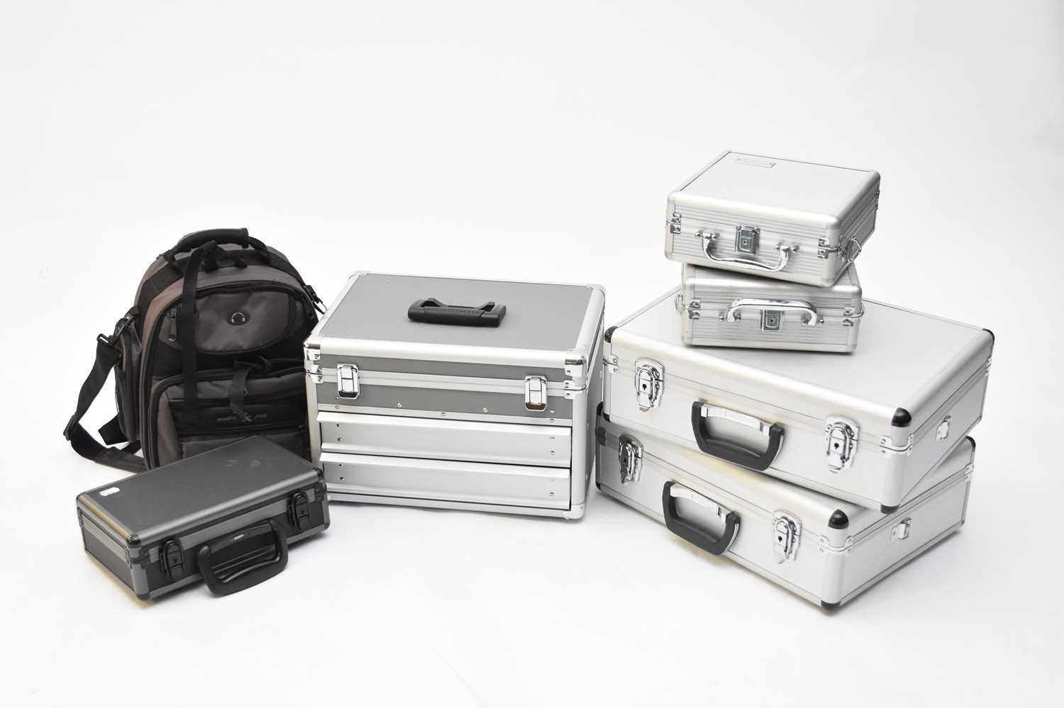 A collection of photographic accessories - Image 3 of 5