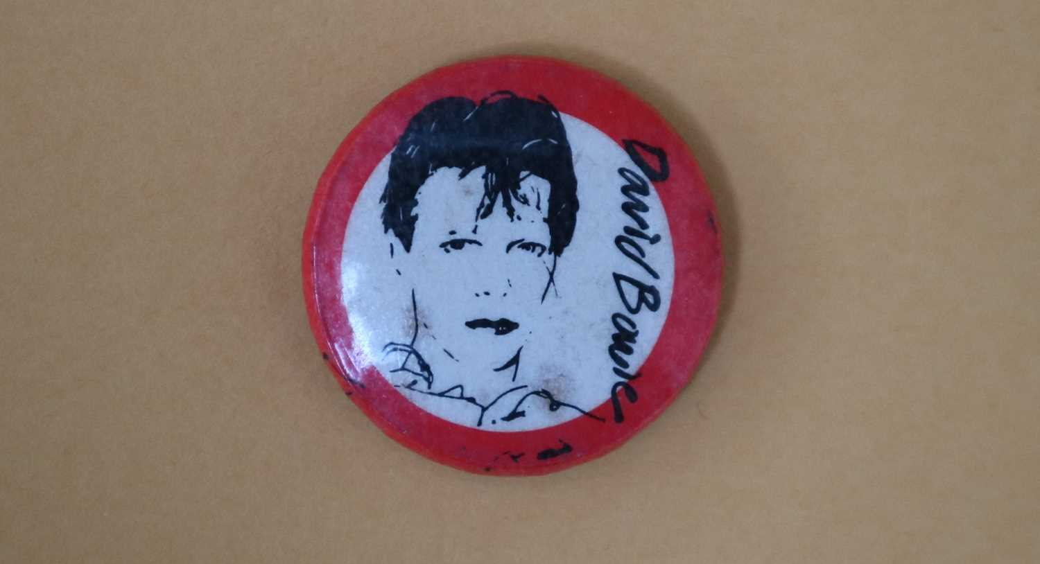 David Bowie Scary Monsters Pin Button Badge - Image 5 of 5