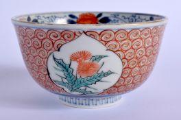 A SMALL 18TH CENTURY JAPANESE EDO PERIOD IMARI BOWL painted with floral sprays. 12 cm diameter.