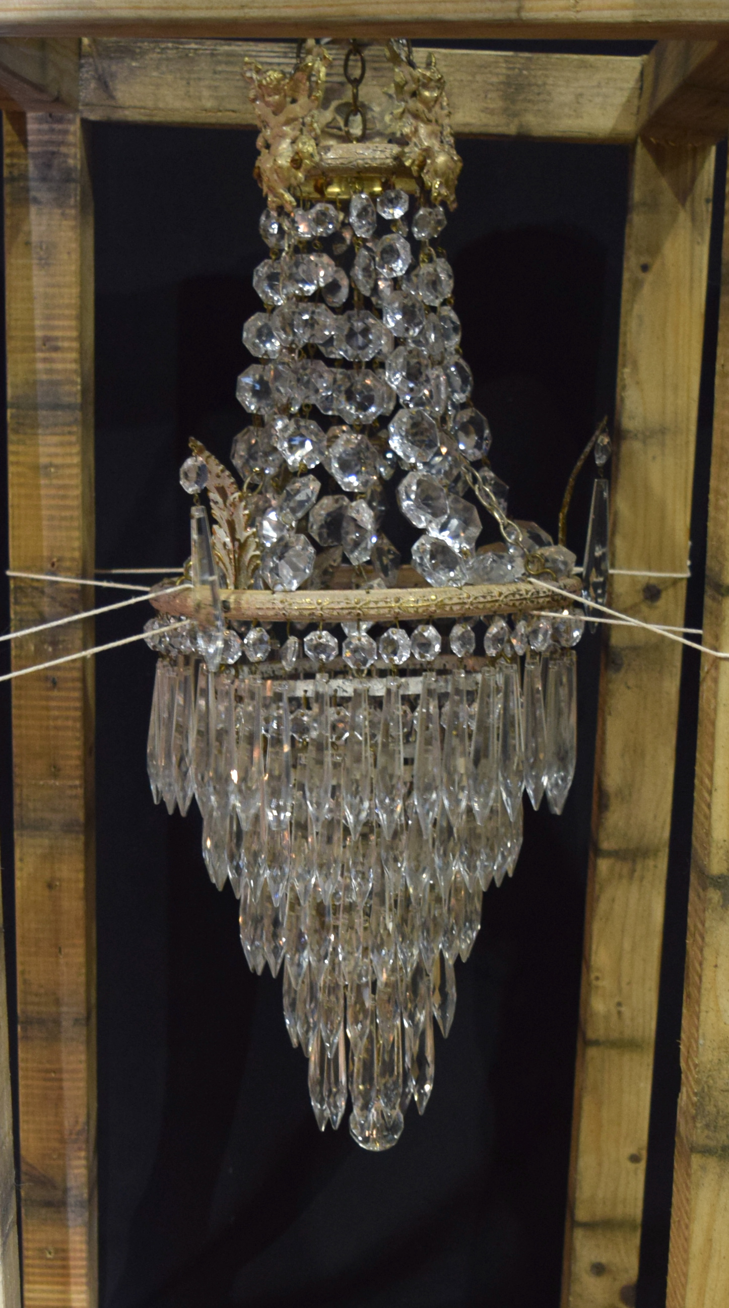 A 5 tier crystal glass chandelier with a cage of crystal and Cherubs 56 x 21cm - Image 4 of 5