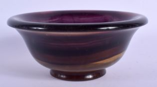 A CONTINENTAL BLUEJOHN STYLE BOWL. 15 cm wide.