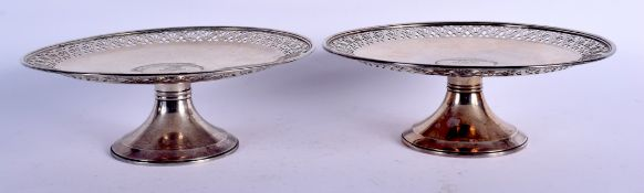 A PAIR OF TIFFANY & CO STERLING SILVER PEDESTAL TAZZA. 1054 grams. 24 cm x 5 cm.