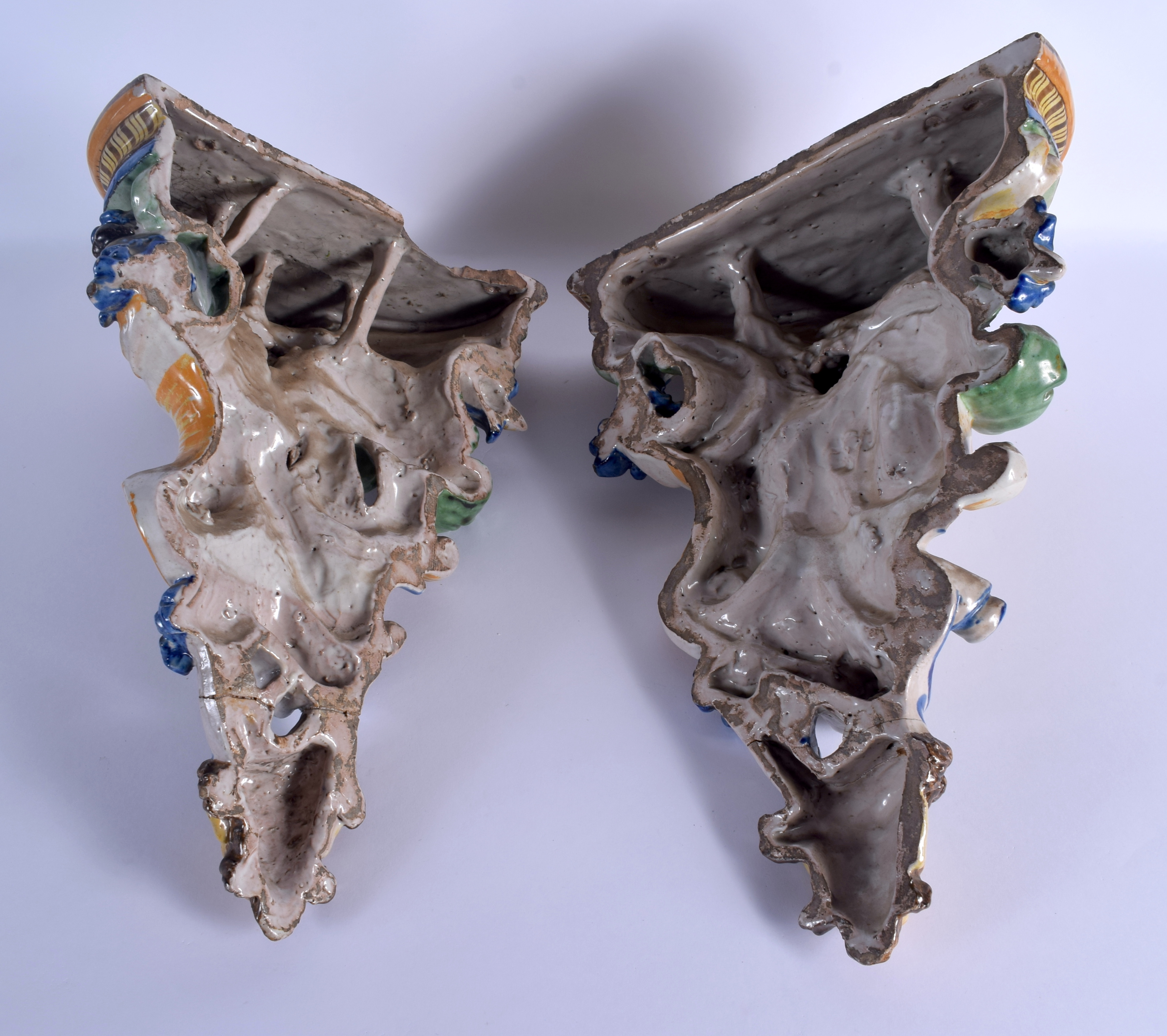 A LARGE PAIR OF 19TH CENTURY ITALIAN MAJOLICA POTTERY WALL BRACKETS formed with figures over mask he - Image 6 of 7