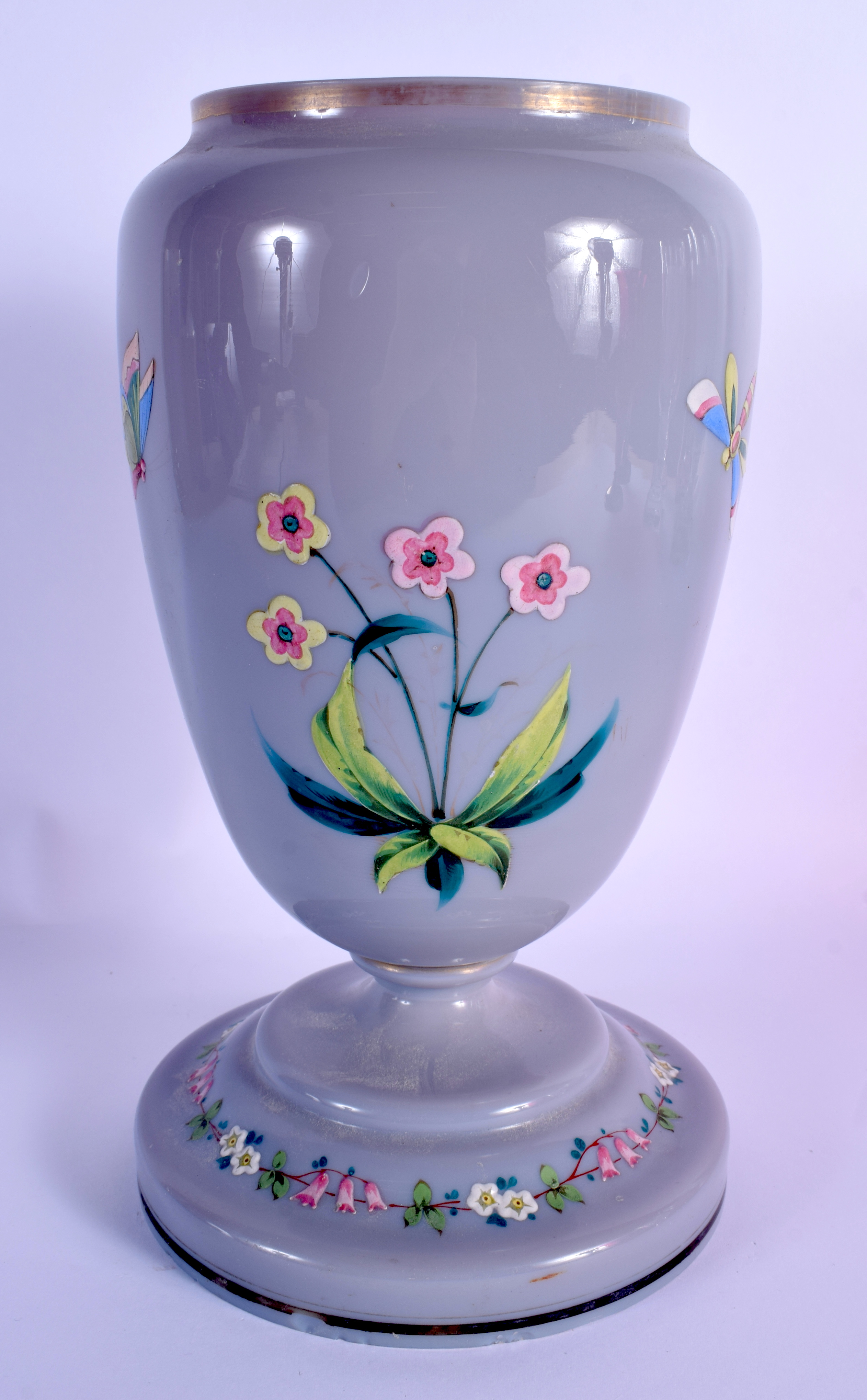 A LATE VICTORIAN/EDWARDIAN ENAMELLED GREY PURPLE GLASS OIL LAMP BASE decorated with a bird. 27 cm hi - Image 2 of 3