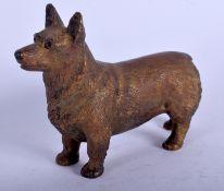 AN ANTIQUE AUSTRIAN COLD PAINTED BRONZE DOG. 9 cm x 7 cm.