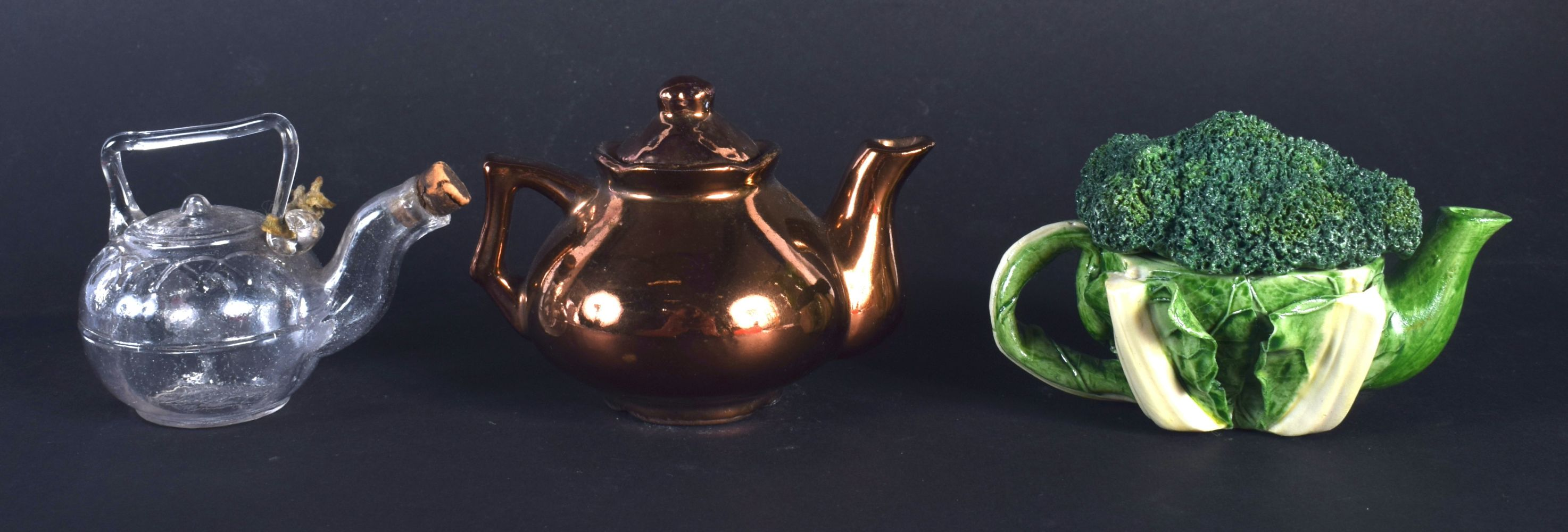 AN EXTREMELY RARE VICTORIAN MINIATURE GLASS TEAPOT possibly for oil, lozenge mark to base, together - Image 2 of 4
