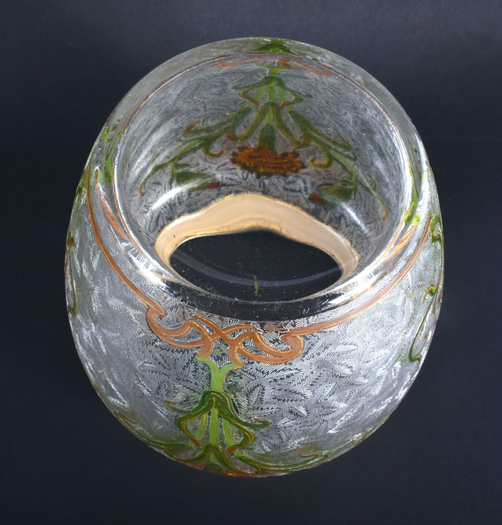A FINE FRENCH ART NOUVEAU ENAMELLED FROSTED GLASS BISCUIT BARREL possibly by Legras, painted with st - Image 4 of 4
