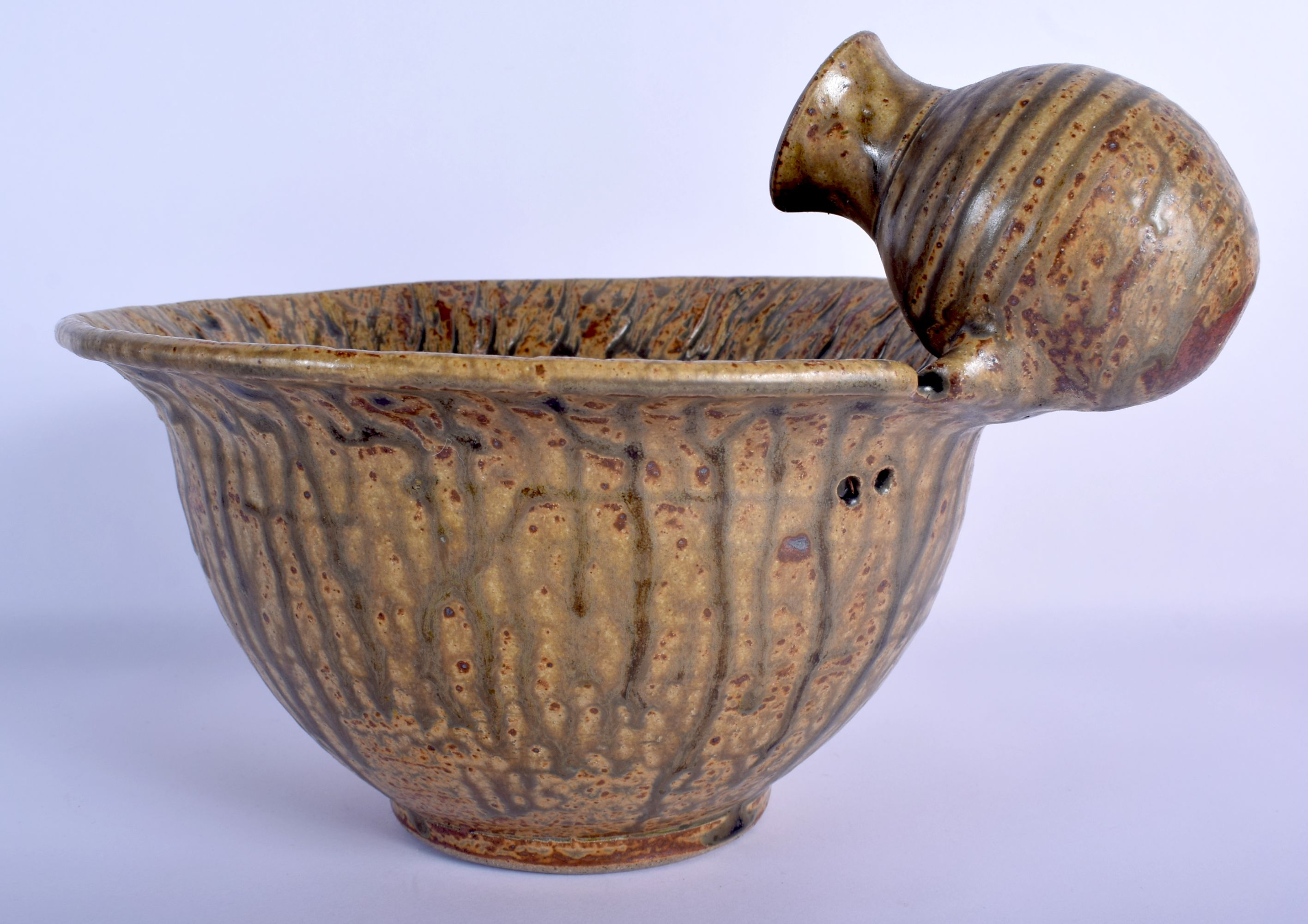 AN UNUSUAL STUDIO POTTERY STONEWARE BOWL unusually modelled with an overlaid amphora. 21 cm x 27 cm. - Image 2 of 5