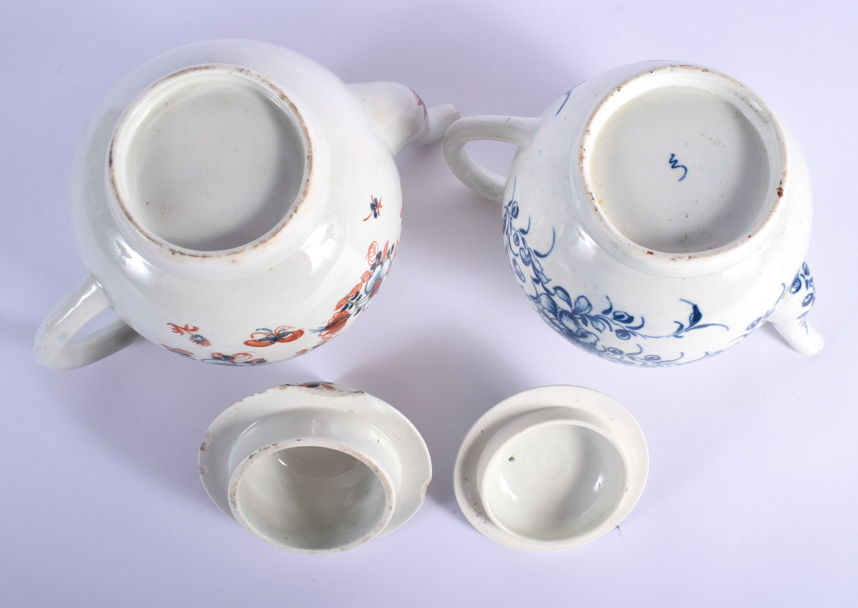 AN 18TH CENTURY WORCESTER MANSFIELD TEAPOT AND COVER together with a Liverpool overglazed teapot and - Image 4 of 4