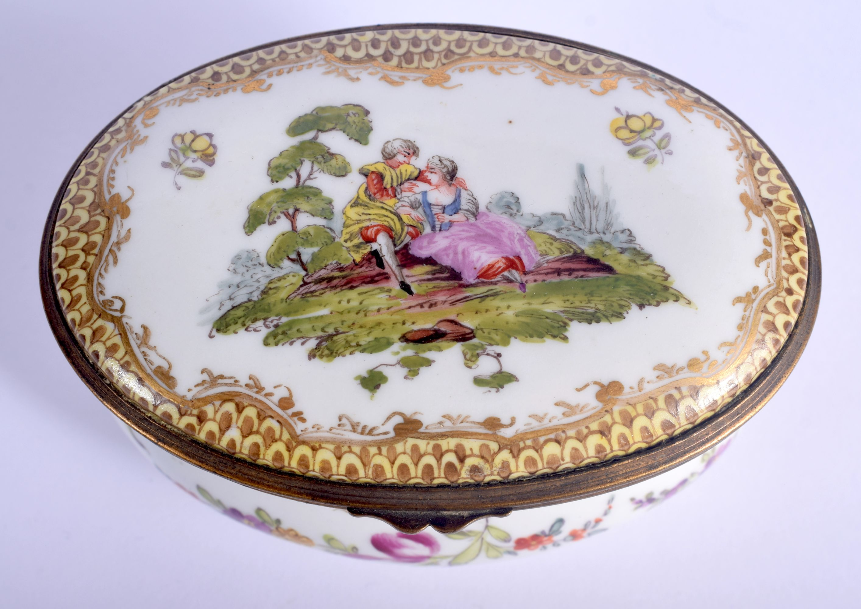 A 19TH CENTURY GERMAN HOSCHT PORCELAIN ENAMELLED BOX painted with figures within landscapes. 10 cm x - Image 3 of 5