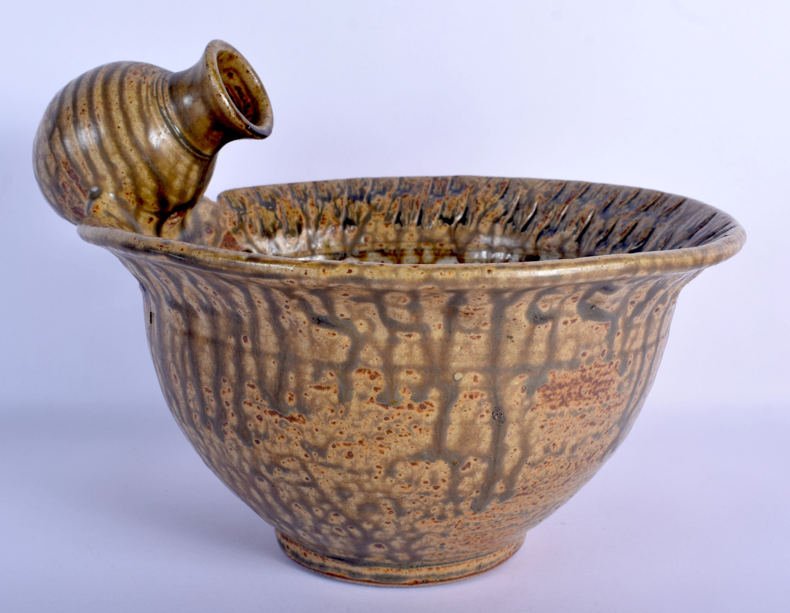 AN UNUSUAL STUDIO POTTERY STONEWARE BOWL unusually modelled with an overlaid amphora. 21 cm x 27 cm.