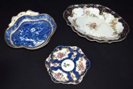A set of 18th Century Royal Worcester ceramic dishes. 25cm (3)