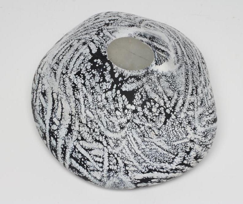 """A PETER LAYTON FROSTED GLASS """"BOWL"""" of organic pebble form with a dark blue ripple and mottled - Image 3 of 4"""