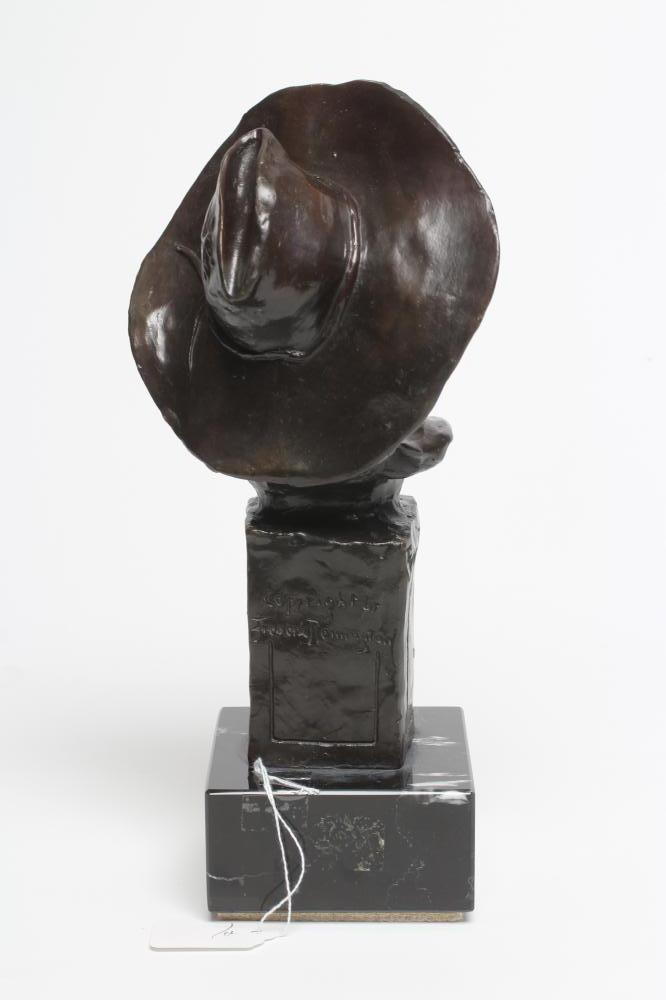 """ROY HARRIS AFTER FREDERIC REMINGTON (1861-1909), """"The Sargeant"""", signed bronze, dark brown - Image 4 of 5"""