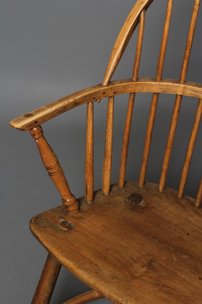 AN ASH STICK BACK WINDSOR ARMCHAIR, early 19th century, the hoop back over bowed seat, baluster - Image 2 of 4