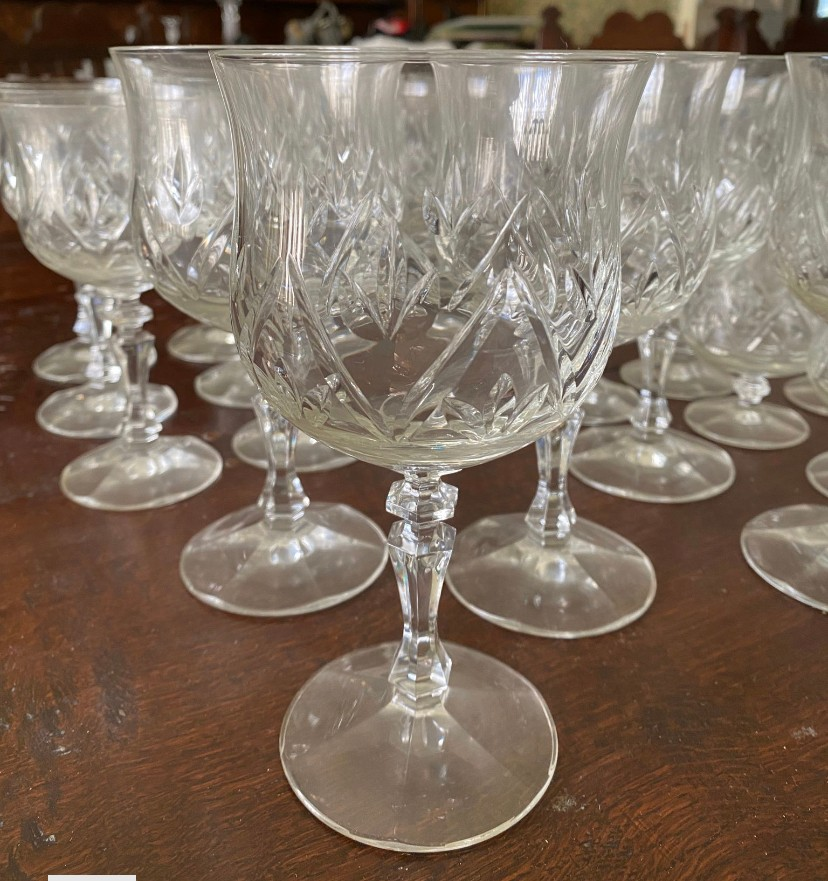 A suite of full lead crystal glasses to include 7 champagne 14cms h, 9 liqueur, 9 sherry, 10 whisky, - Image 8 of 8