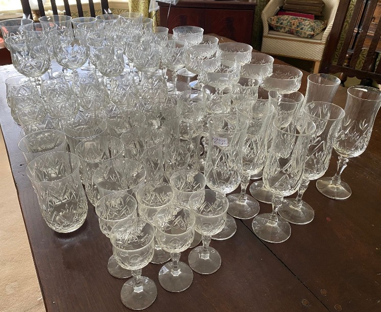 A suite of full lead crystal glasses to include 7 champagne 14cms h, 9 liqueur, 9 sherry, 10 whisky, - Image 2 of 8
