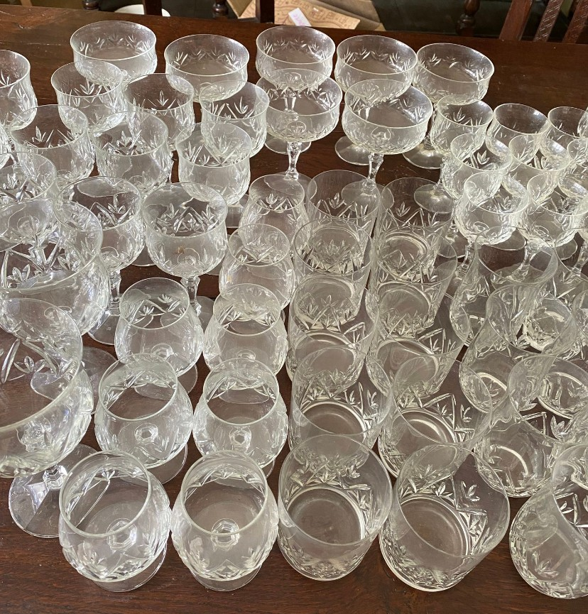 A suite of full lead crystal glasses to include 7 champagne 14cms h, 9 liqueur, 9 sherry, 10 whisky, - Image 6 of 8