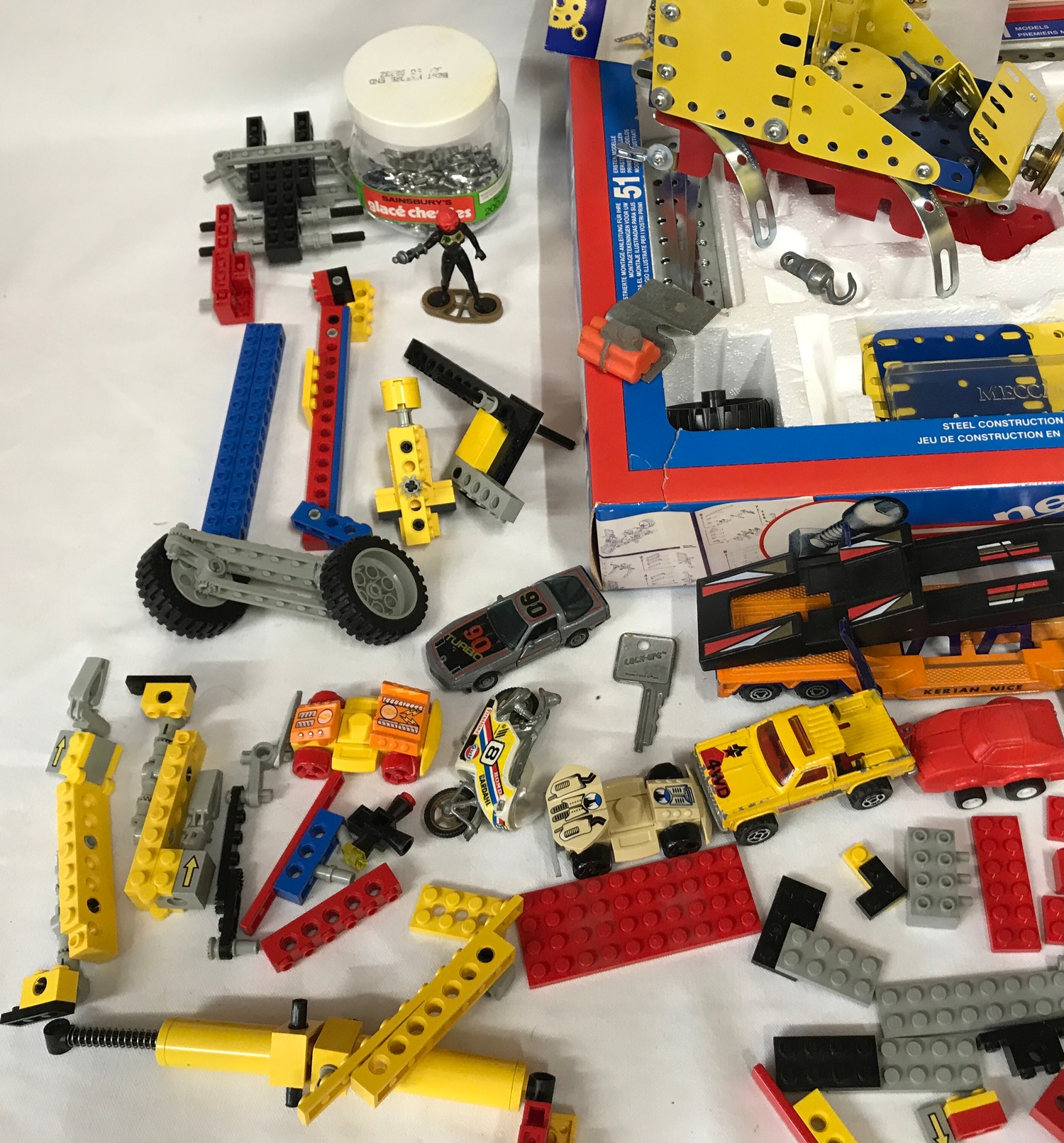 Meccano set number 4, boxed, assorted Lego pieces and plastic vehicles, playworn.Condition - Image 4 of 4
