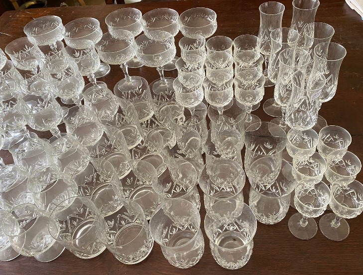 A suite of full lead crystal glasses to include 7 champagne 14cms h, 9 liqueur, 9 sherry, 10 whisky, - Image 7 of 8