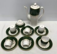 A Spode green Velvet pattern coffee set. Incudes coffee pot, sugar bowl, 6 cups, 6 saucers.Condition