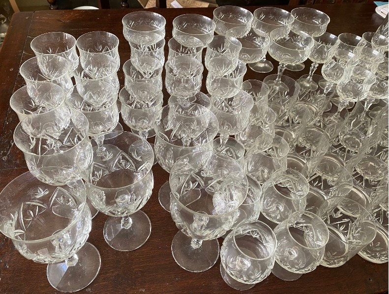 A suite of full lead crystal glasses to include 7 champagne 14cms h, 9 liqueur, 9 sherry, 10 whisky, - Image 5 of 8
