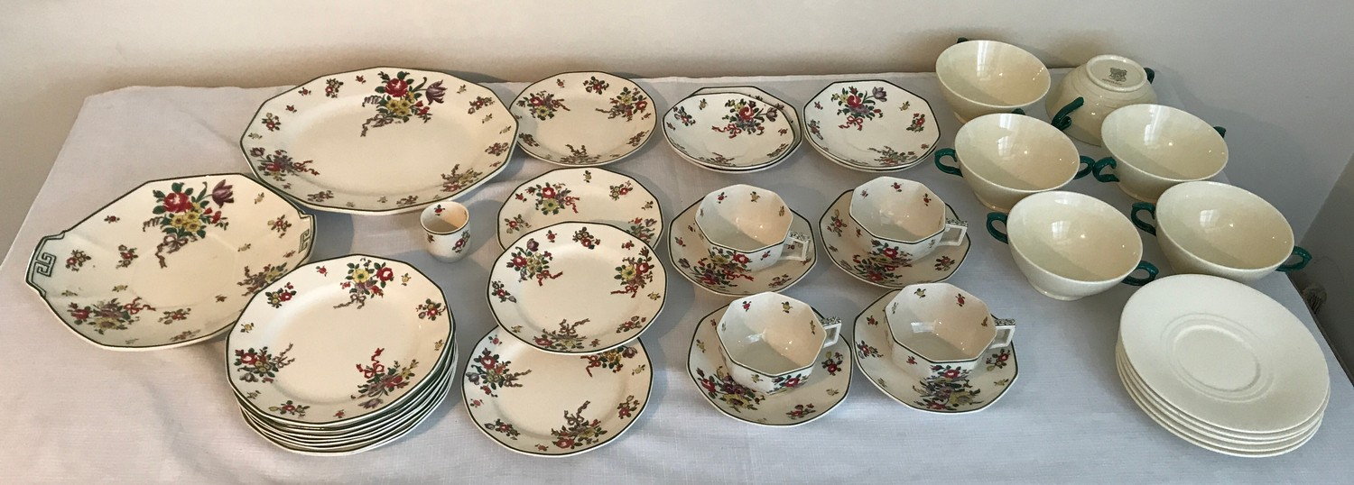 """A part Royal Doulton 36 piece tea service """"Old Leeds Sprays"""" to include large plate 28.5cms, cake"""
