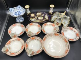 A mixed ceramic selection to include a blue and white pedestal dish with pierced bowl and Meissen