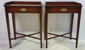 A GOOD QUALITY PAIR OF 20TH CENTURY MAHOGANY SIDE TABLES, each with a three quarter raised