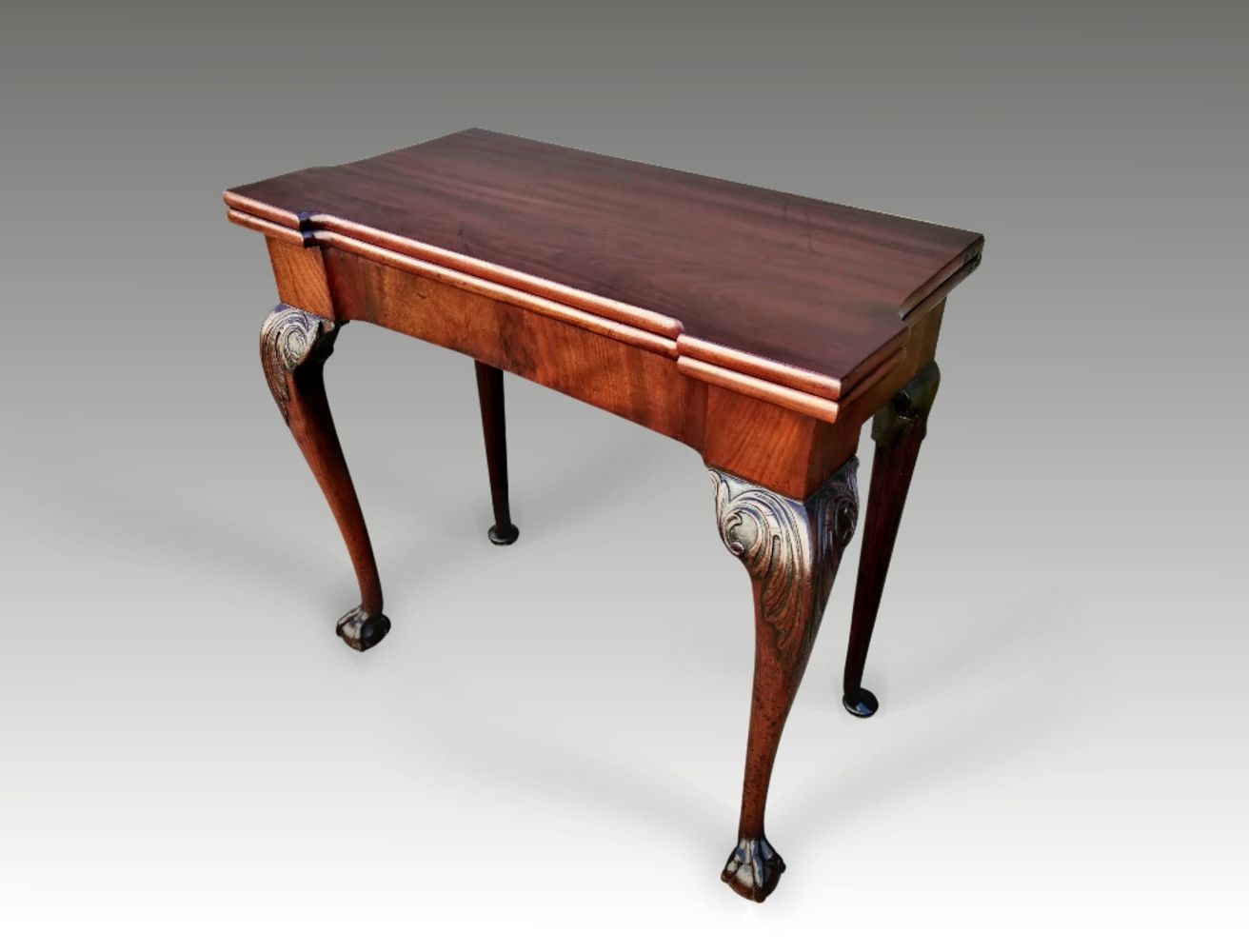 MAY LIVE Antiques Auction of Fine Furniture, Art, Silver, Historical Memorabilia, Rugs, Jewellery & Collectables.