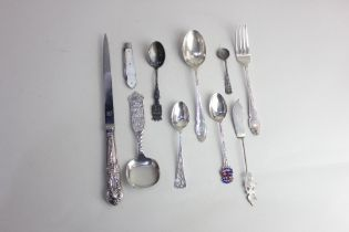A modern silver handled letter opener maker W I Broadway & Co Birmingham 1986, a silver blade