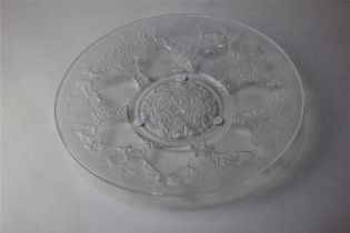 An R Lalique 'Vases' coupe clear and frosted glass plate, 23.5cm