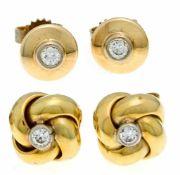 2 Paar Brillant-Ohrstecker GG 585/000 und 375/000 mit 4 Brillanten, zus. 0,24 ct l.get.W/VS, D. 11,5