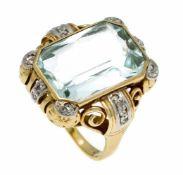 Aquamarin-Ring GG 585/000 mit einem im gemischten Scherenschliff fac. Aquamarin 16,5 x 12 mm, l.