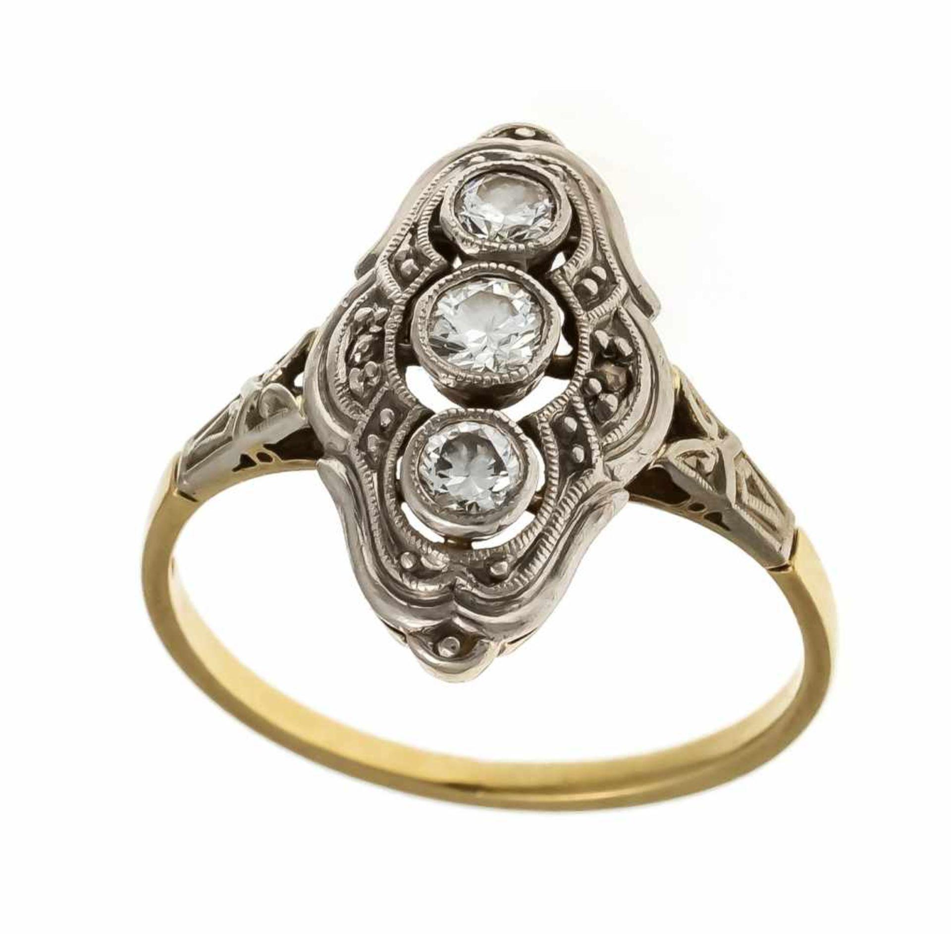 Art Déco Altschliff-Diamant-Ring GG/WG 585/000 mit 3 Altschliff-Diamanten und 2 Diamantrosen, zus.