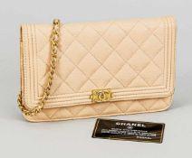 Chanel Crossbody Walleton Chain, Crèmeweiß. Mit Authentifizierungskarte, leichte Gebrauchsspuren,