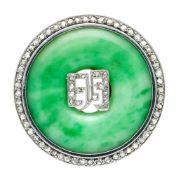 Jade-Diamantrosen-Brosche WG 750/000 ungest., gepr., mit einem feingeschliffenen Jade-Ring B. 8,5