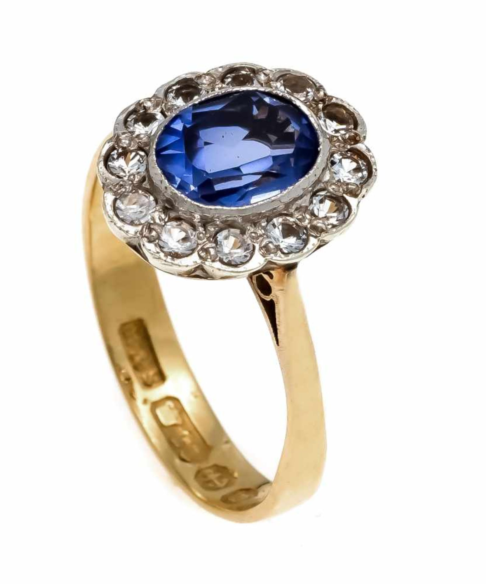 Saphir-Ring GG/WG 900/000 mit einem oval fac. Saphir 8 x 6 mm in sehr guter Farbe und Reinheit sowie