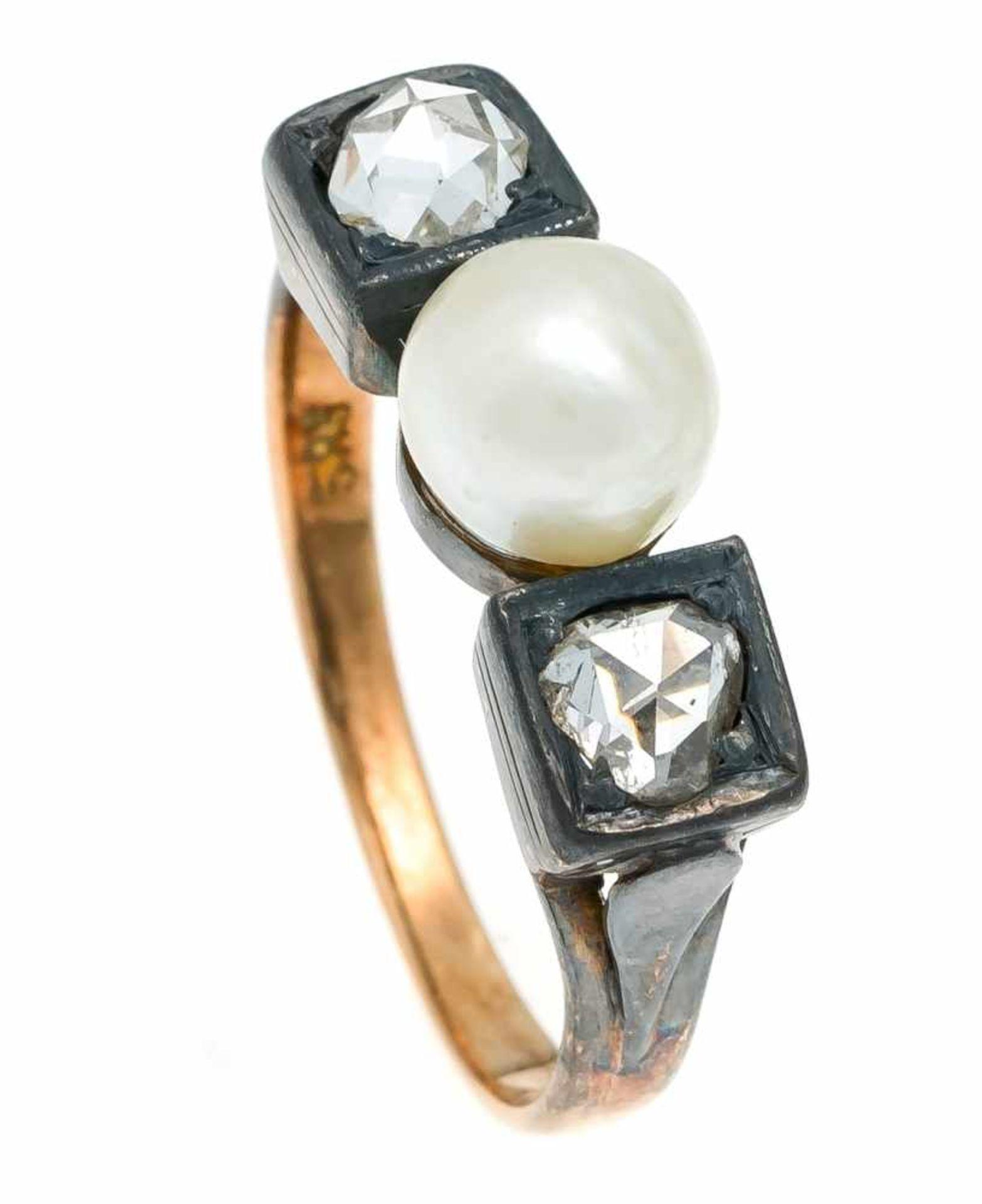 Perlen-Diamantrosen-Ring RG 585/000 mit einer Zuchtperle 6,7 mm und 2 Diamantrosen 4,5 mm, RG 58,