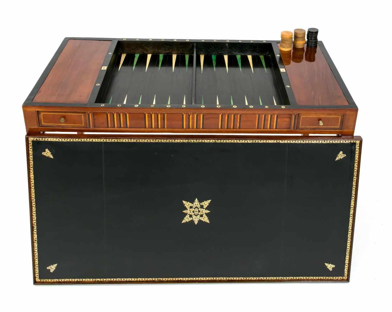 Seltener klassizistischer Spieltisch um 1800, Mahagoni und andere Edelhölzer furniert und - Image 2 of 2