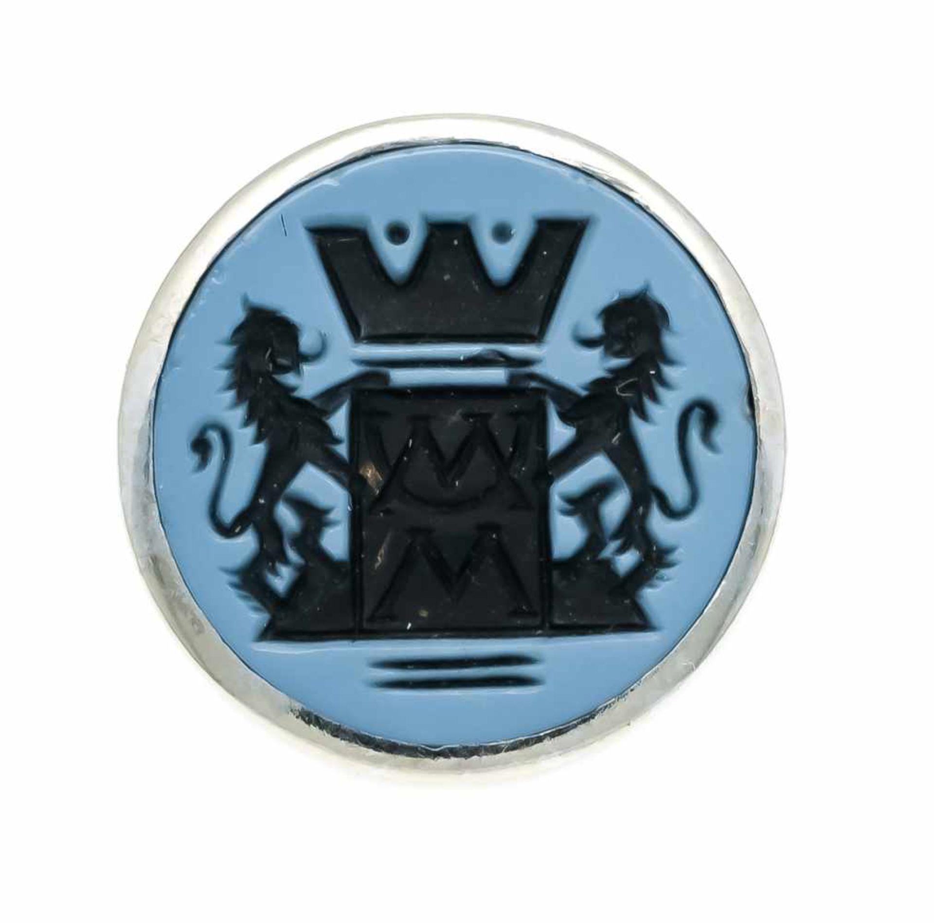 Wappen-Anstecker WG 700/000 ungest., gepr., mit einem runden, feingeschnitzten Lagenstein-Wappen