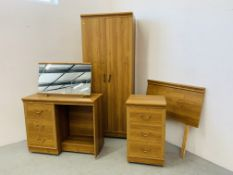 AN ALSTONS 'OXBRIDGE' LIGHT OAK EFFECT FINISH THREE PIECE BEDROOM SUITE COMPRISING OF DOUBLE