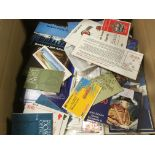 BOX WITH BOOKLETS IN TWO ALBUMS AND LOOS