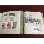 GB BOOKLETS: 1976-2000 MACHIN FOLDED 10p
