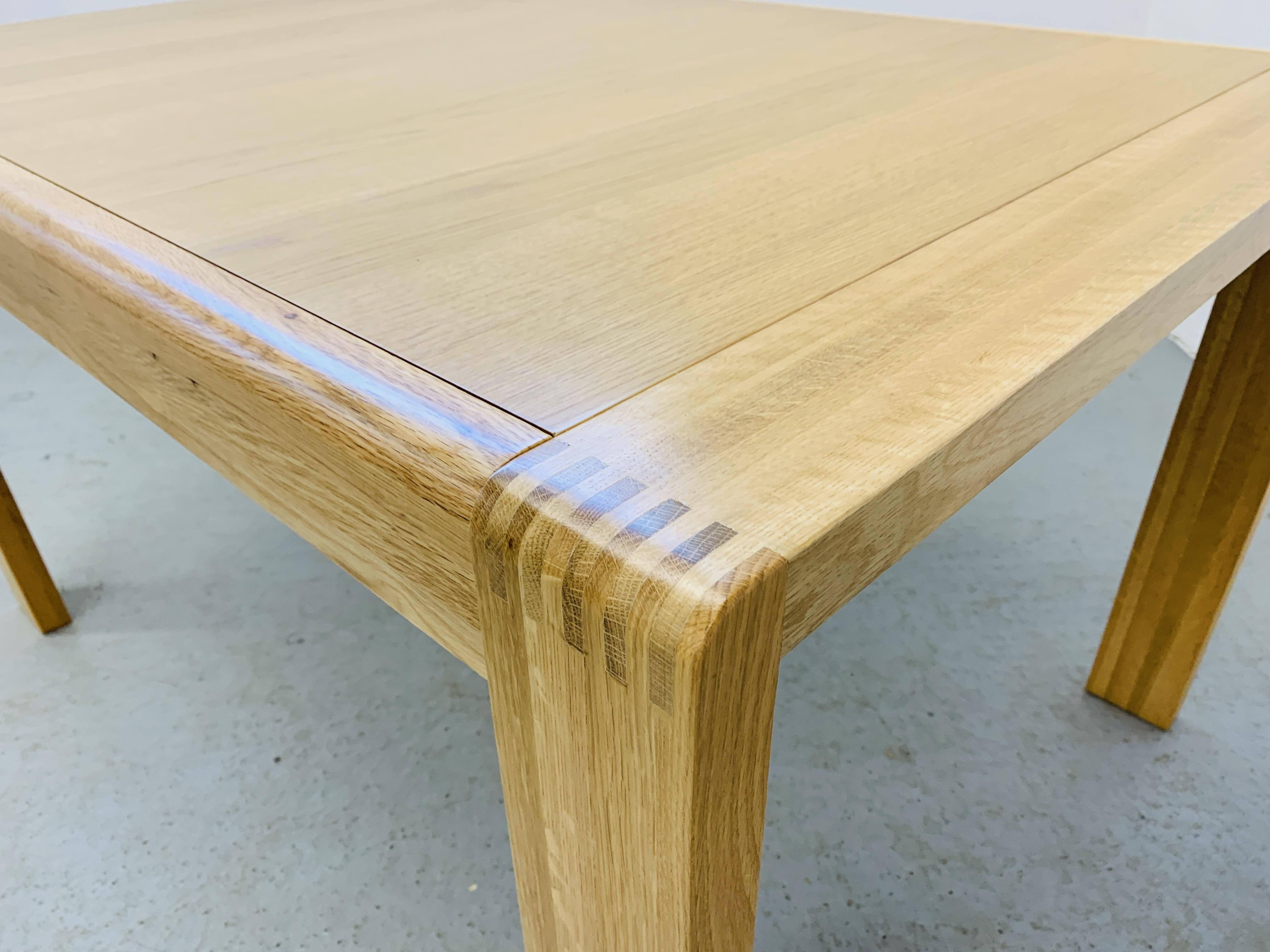 "AN ERCOL ""BOSCO"" OAK DESIGNER DINING TABLE 130CM X 90CM - Image 5 of 14"