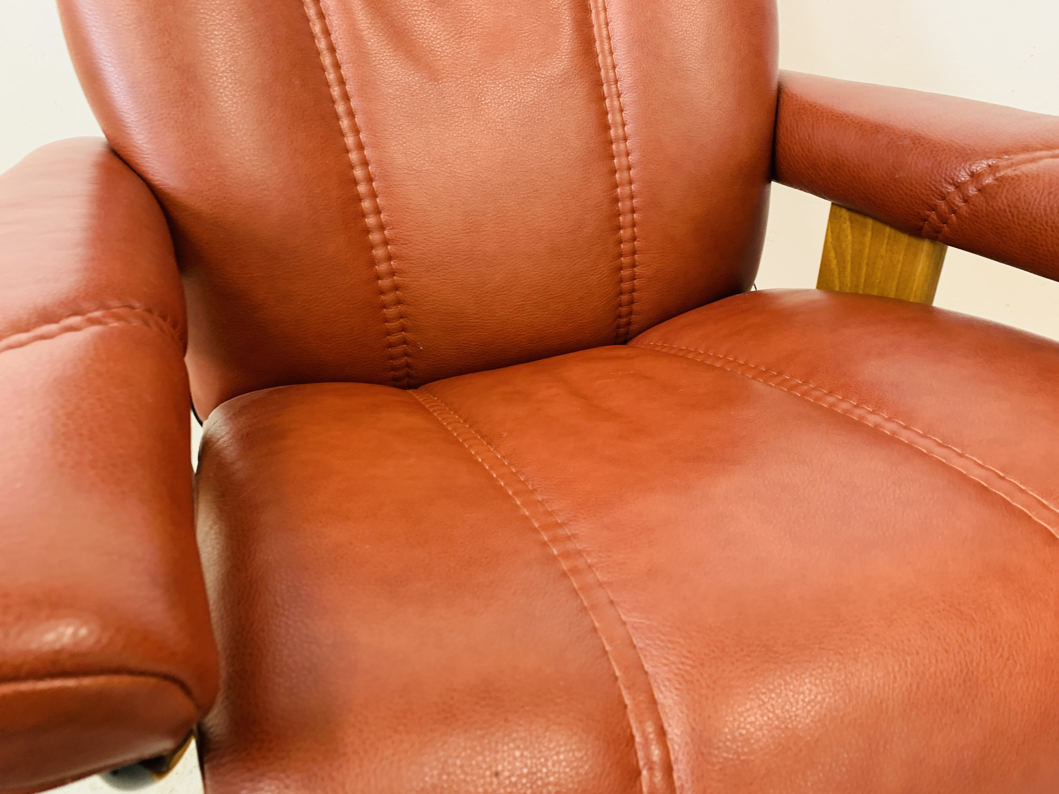 A STRESSLESS TAN LEATHER RELAXER CHAIR - Image 10 of 12