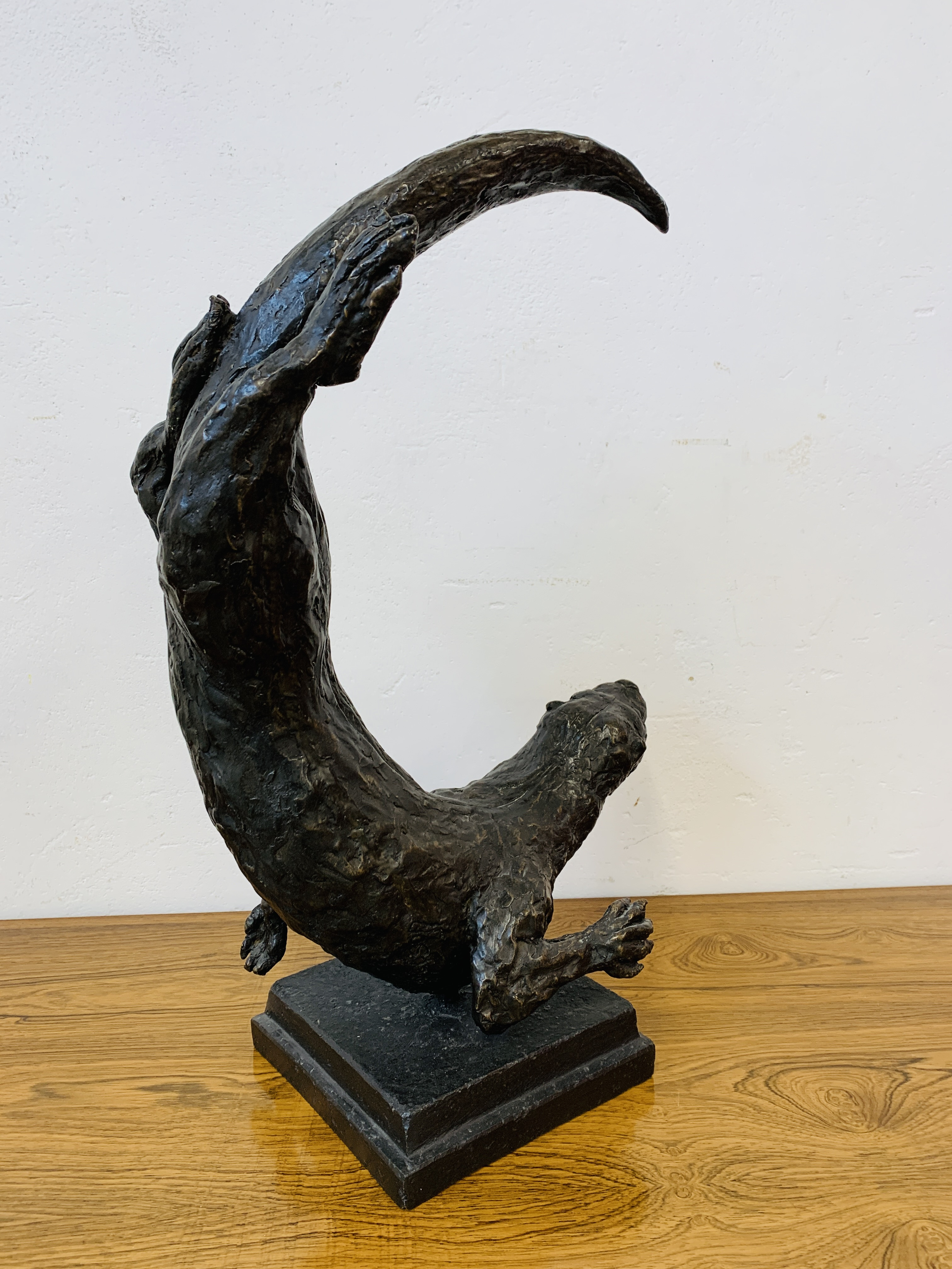 A COMPOSITION MODEL OF AN OTTER, - Image 6 of 11