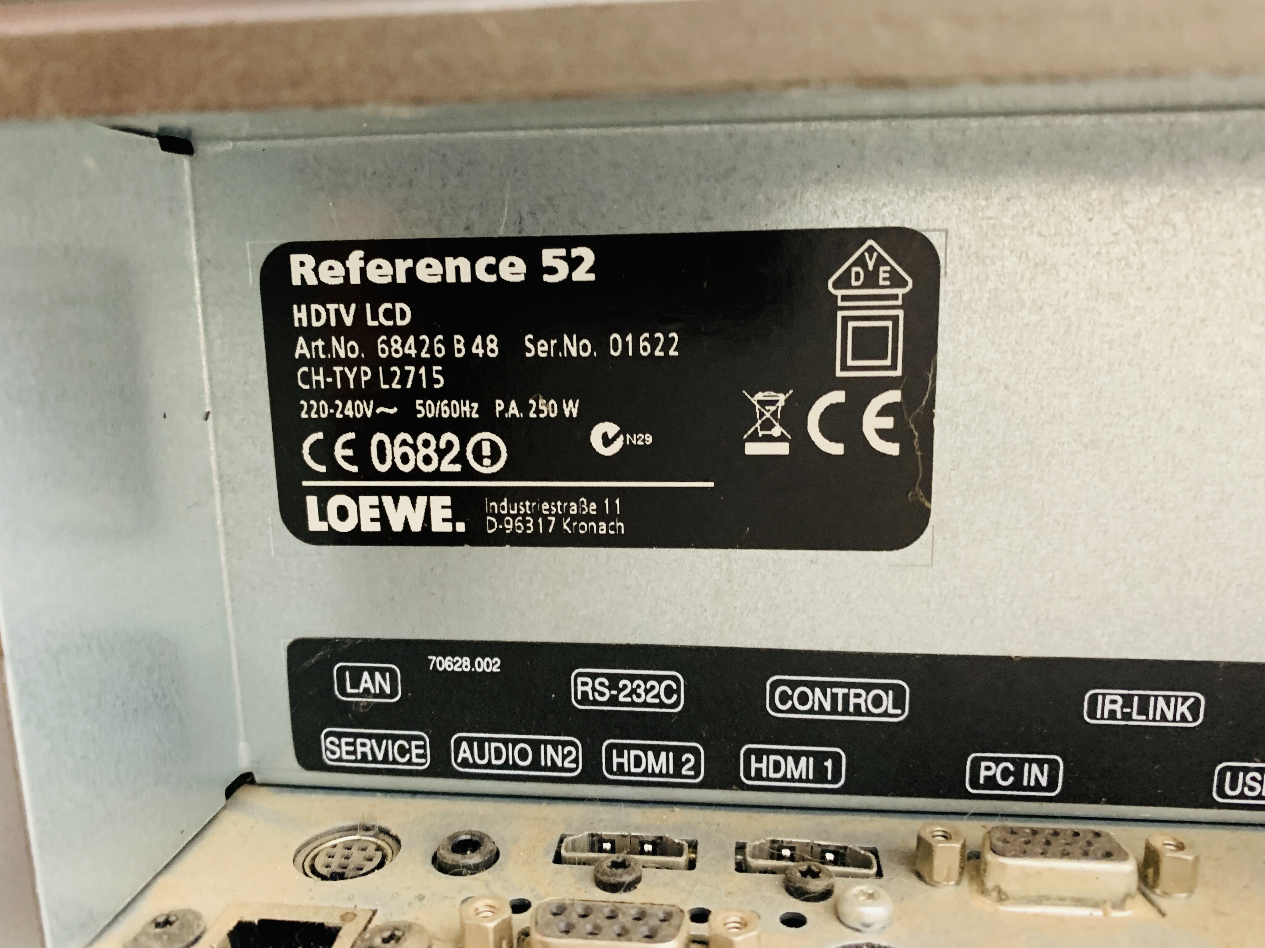 A LOEWE REFERENCE 52 TELEVISION WITH ORIGINAL REMOTE - SOLD AS SEEN - Image 11 of 14